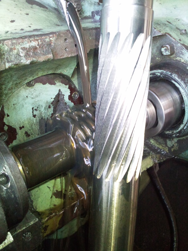 helisel-disli-cark-imalati-oguz-disli-makina (1)