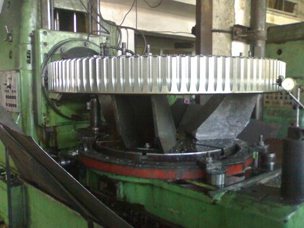 helisel-disli-cark-imalati-oguz-disli-makina (2)
